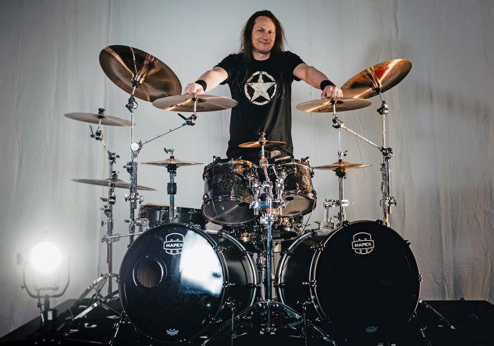 Ein Foto von Primal-Fear-Drummer Michael Ehré