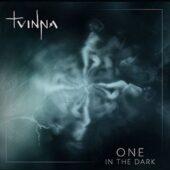 Tvinna - One In The Dark - CD-Cover