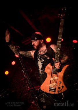 Alan Averill als Bassist von Dread Sovereign