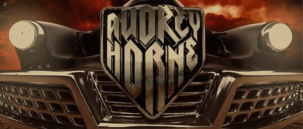 Audrey Horne im Interview mit Metal1.info